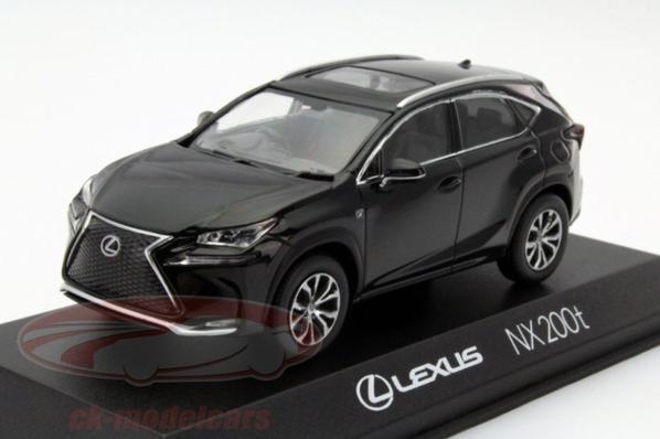 Lexus nx 2014 1/43 Kyosho