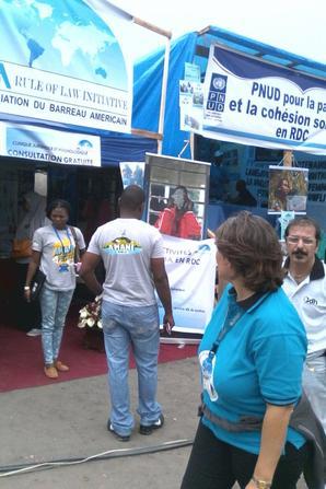 Des ONGs s'affichent au grand jour !
