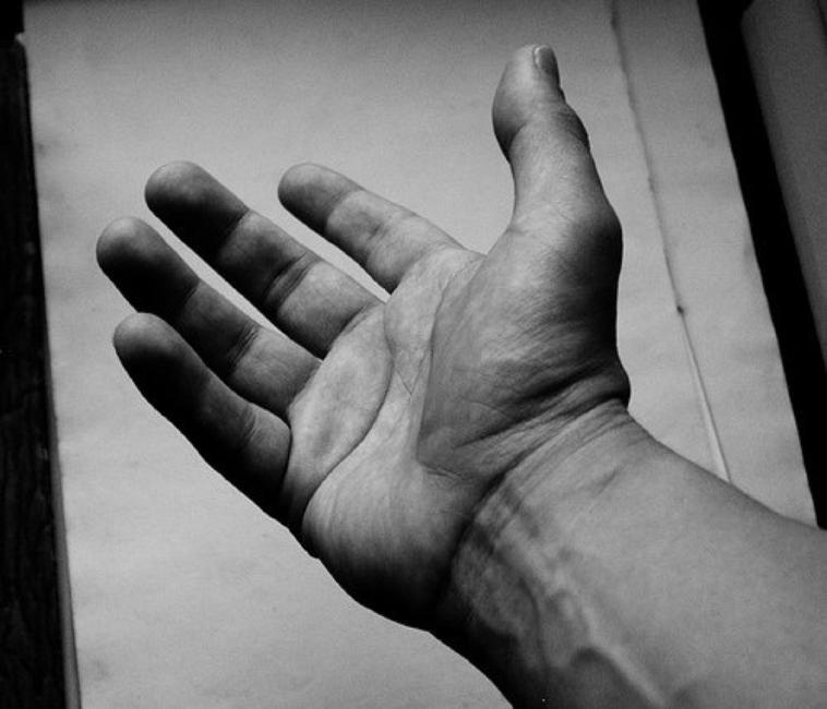 Prends moi par la main, je te mènerai au bout de nos rêves ♥