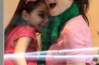 Katie Holmes avec Suri, célèbre son anniversaire chez Sugar & Plumm de Manhattan