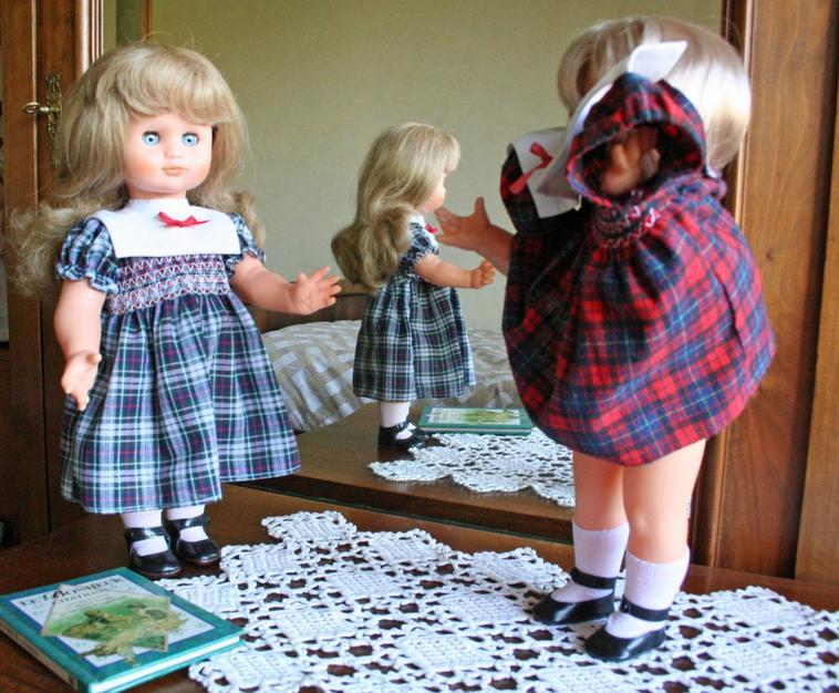 Soeurette Emilie et sa robe de présentation