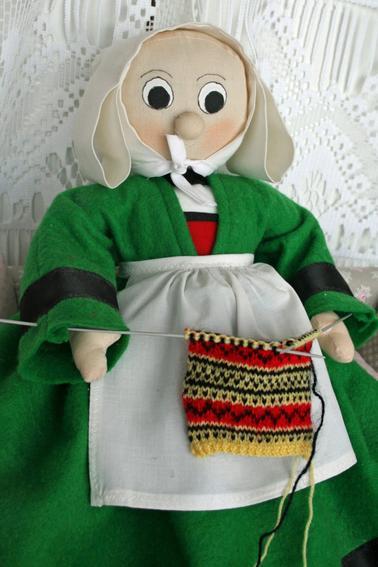 Bécassine tricote
