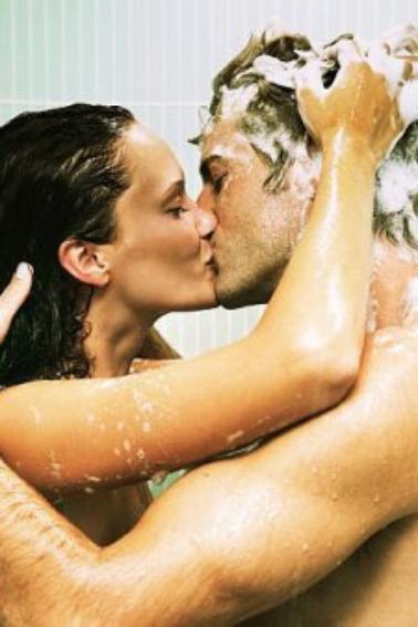 Dans la douche, je me fais chier... Alors je lis les conseils d'utilisation du shampoing