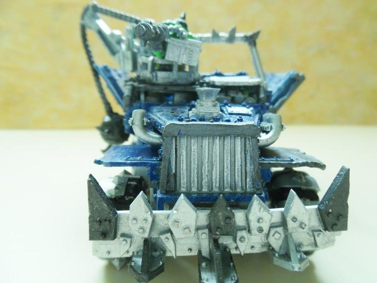 Trukk with Enclosed Cab du clan DEATHSKULLS 1