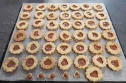 Bredele : biscuits aux noix tout chocolat par Béa pour lorraineblog