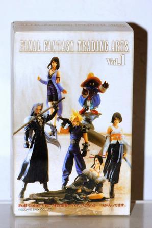Cloud Strife - Monochrome : Final Fantasy Trading Arts Vol.1