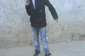 c pr tt cequ'ils m'aiment sur tous a toi khoya chemsou.....!!! et hicham b1 sur khnitchou