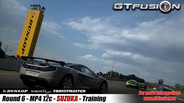 GTfusion Dunlop with McLaren MP4-12C