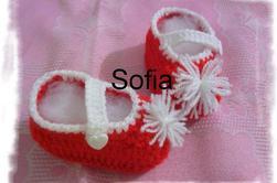 3 nouveaux chaussons tailles 0-6 mois