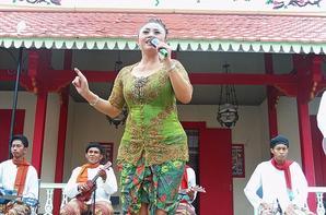 Keroncong Music from Tugu Village - Jakarta