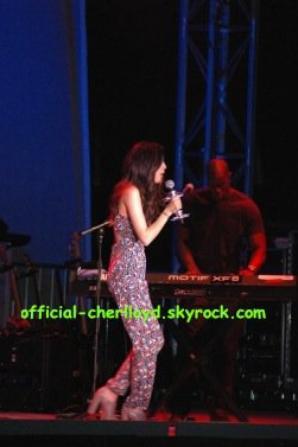Cher parle de L.A Reid et Simon Cowell
