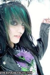 EMO GIRL !!!!!!!!