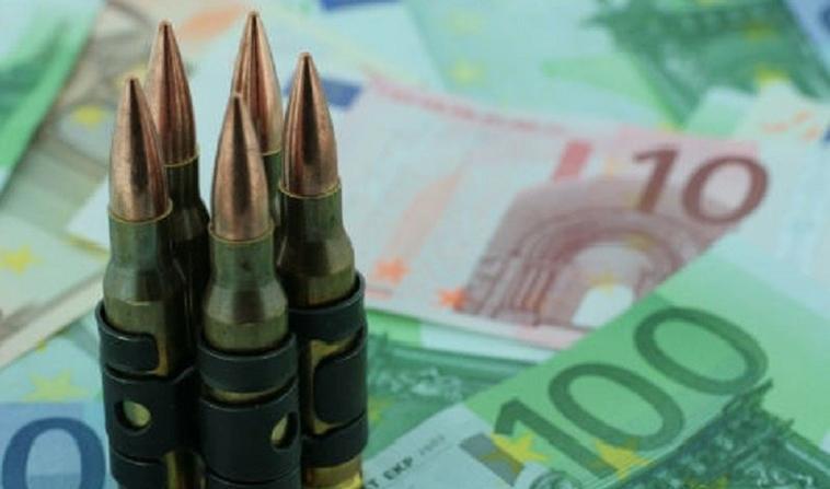 """""""Si l'argent est, comme on dit, le nerf de la guerre, il est aussi la graisse de la paix."""" (Le Cardinal de Richelieu)"""