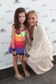 -Demi a donné un concert privé à Boston le 5 Juillet ( Désolé pour le retar de ce news ) Voici des photos de ce concert :