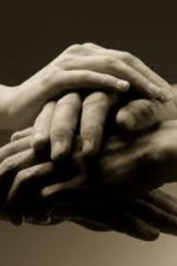 une raison pour essayer d'être huamain envers tous. les hommes sont comme deux mains sales dont l'une ne se lave qu'avec l'autre
