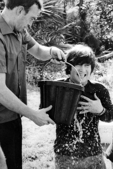 John makes the Ice Bucket Challenge! yeah!