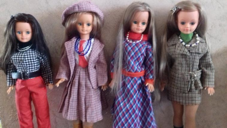 la brunette parmi ses soeurs