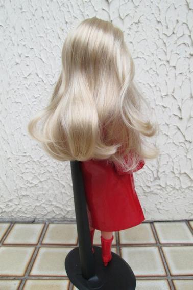 la blonde devient brune, la brune devient blonde