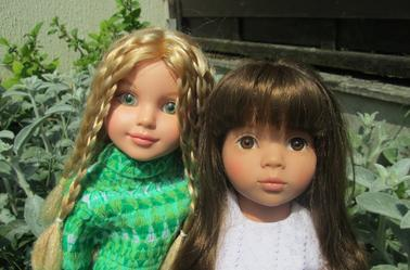 Kaithlin et Clara sous le soleil