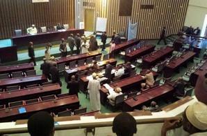 Assemblée Nationale: Les anciens ministres  reprennent leurs mandats