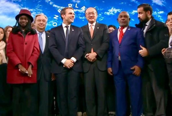 AZALI est-il encore le président comorien ou l'incarnation de la France-Afrique?