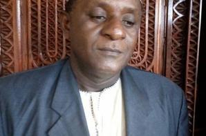 La dictature se durcit aux Comores: Trois personnes sont convoquées à la gendarmerie pour avoir prié