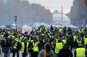 Gilets jaunes : E.Macron va-t-il réussir à contenir la colère des manifestants ?