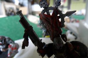 "L'homme de fer (peint pendant ""gladiator"")"