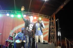 Salim Diallo le Ma^tre decérémonie au concert de Yodé et Siro