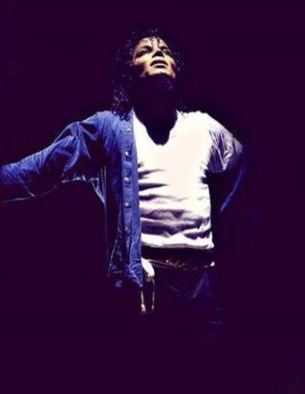 Hommage a Michael Jackson ! <3
