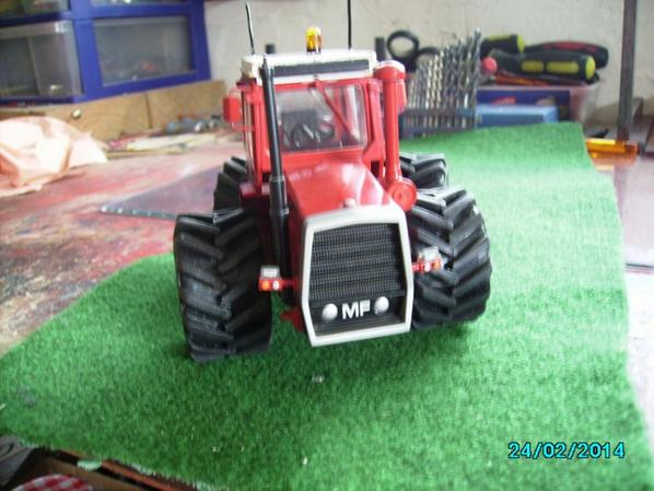 MF 1200 avec pneus basse pression