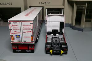 tracteur daf xf 106 euro6 superspace avec semi-remorque frigo chereau des tp james international de chez eligor au 1/43.