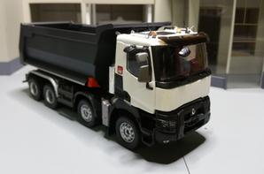 Renault truck k520 8x4 benne meiller de chez eligor au 1/43.
