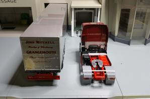 tracteur man tg xxl avec semi-remorque des trs john mitchell de chez eligor au 1/43.