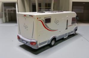 camping-cars le rapido 880f modèle ixo au 1/43.(édition hachette numéro 15 passion camping-cars).