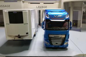tracteur daf xf pure excellence avec semi-remorque chereau frigo modèle eligor au 1/43.
