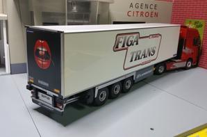 tracteur daf xf 106 semi-remorque lamberet des trs figa trans modèle eligor au 1/43.