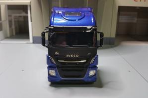 tracteur iveco stralis xp 570cv pegaso 70éme anniversaire modèle eligor au 1/43.