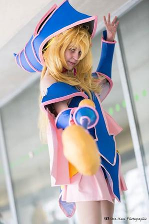 Dark Magician Girl V2