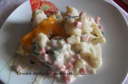 Chou-fleur au jambon et à la béchamel