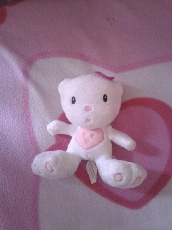 Ces doudou hello kitty <3