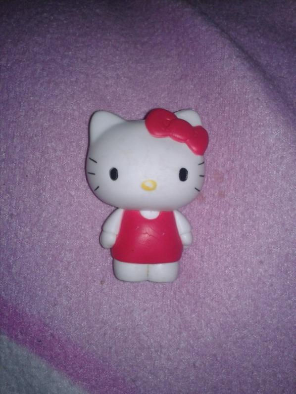 Ces figurine helo kitty <3