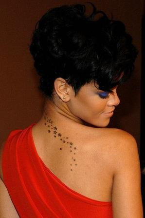 => visualisation d'une image de réserve (Article : Les 22 tattoos de Rihanna.) « Retour à l'article