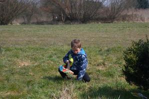 Pâques ; la chasse aux oeufs