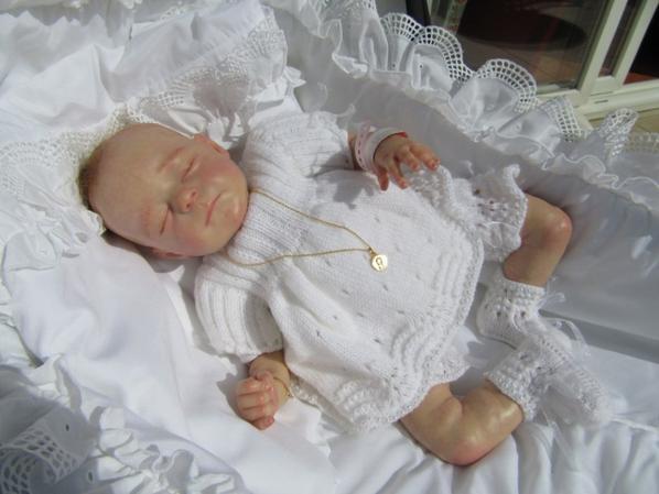 Les bébés de Nadine habillés par tata Dalila
