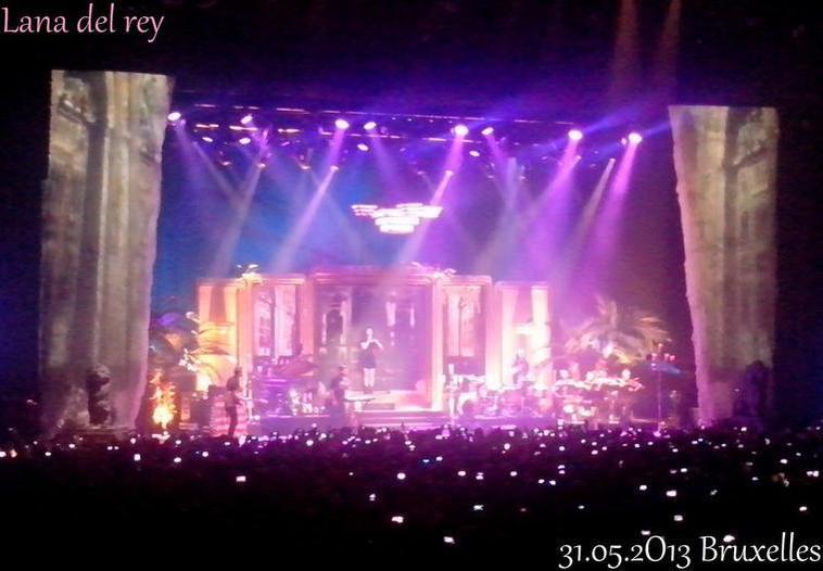 Paradise tour