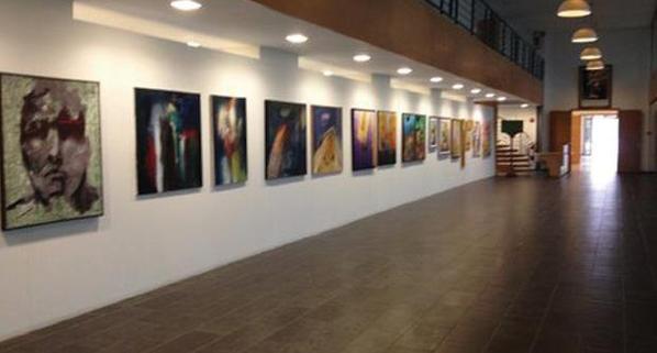 Petite idée de l'expo avant l'ouverture au plublic...A la médiathéque Hassan II