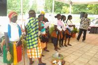 """cores sons sabores e saberes 2013- Demonstração da dança """"KUNDERE""""  DANÇA TRADICIONAL DA ILHA DOS BIJAGÓS - Guiné- Grupo de danças da Associação dos Filhos e Amigos das Ilhas das Galinhas."""