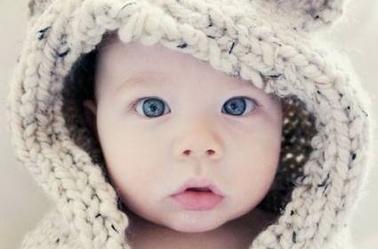 croquis portrais bébé ^^