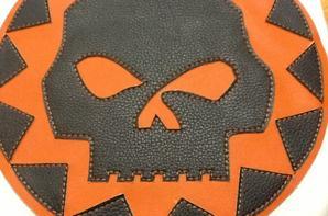 Skull noir orange